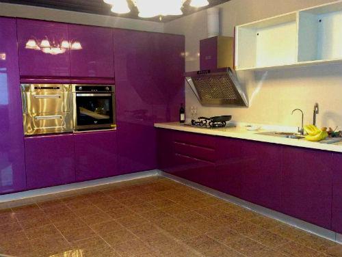 Кухня в фиолетовых тонах фото