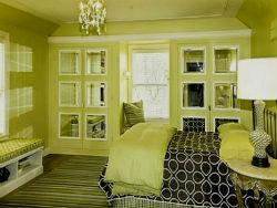 Спальня в оливковых тонах.