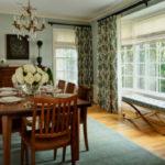 Деревянные карнизы для штор. 40 фото в интерьере