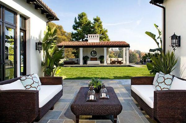 dom-v-ispanskom-stile