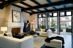 Дом в испанском стиле.