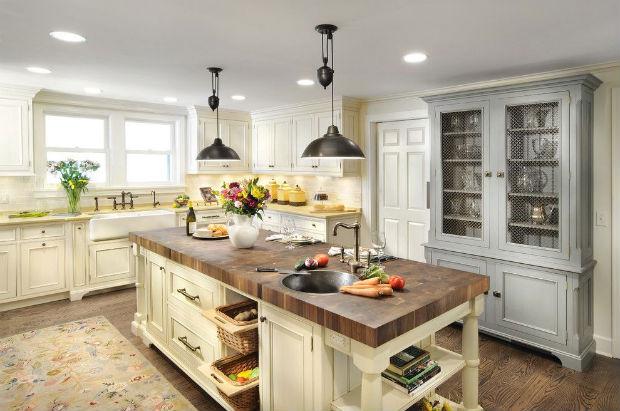 Буфет на кухне: легендарная мебель триумфально вернулась (более 55 фото)