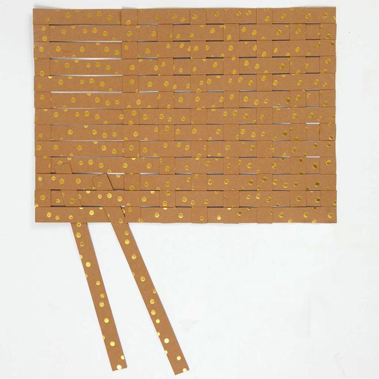 Как сделать красивую корзину своими руками из бумажной упаковочной ленты (мастер-класс)